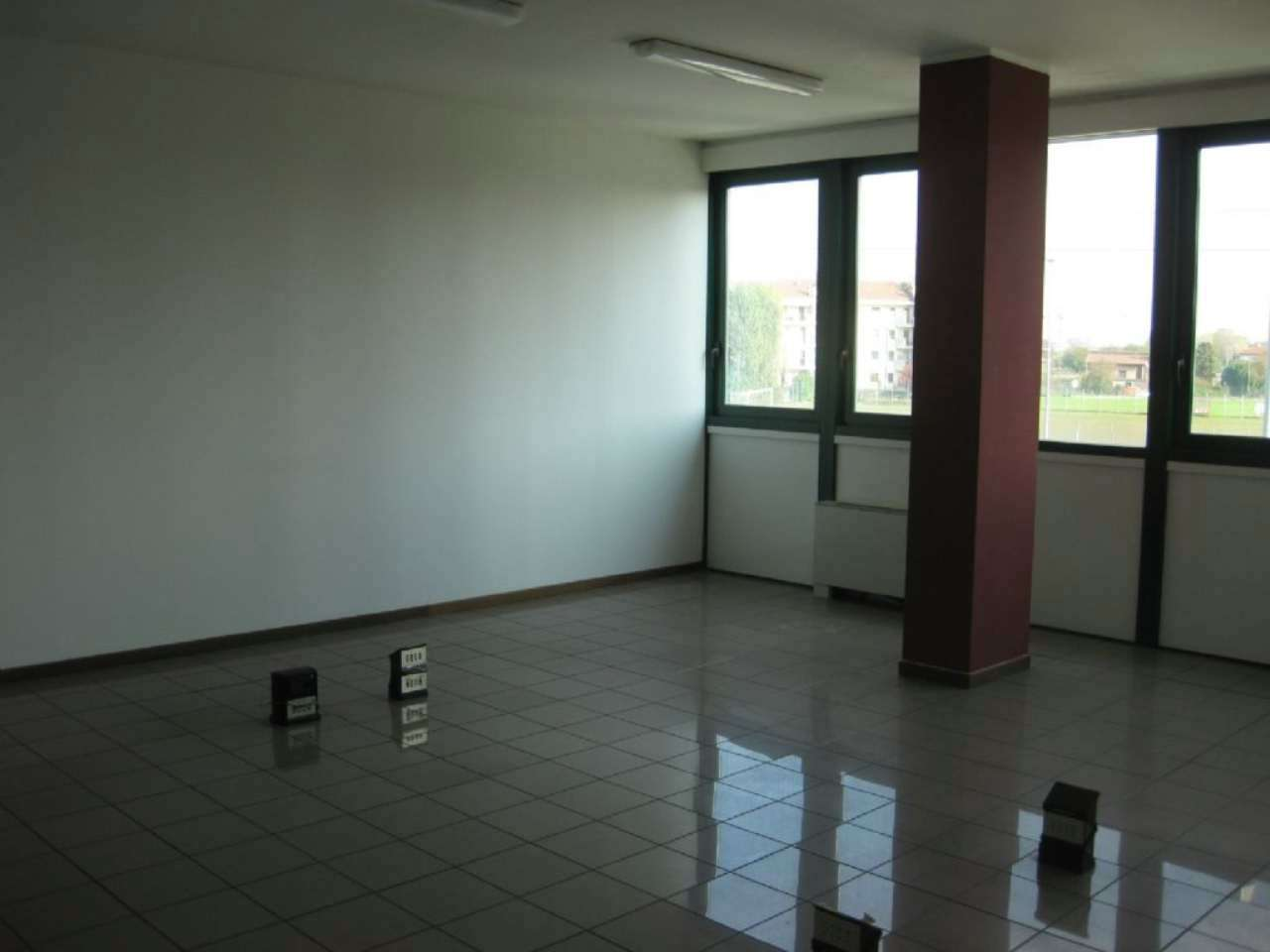 Ufficio / Studio in affitto a Bareggio, 1 locali, prezzo € 450 | PortaleAgenzieImmobiliari.it