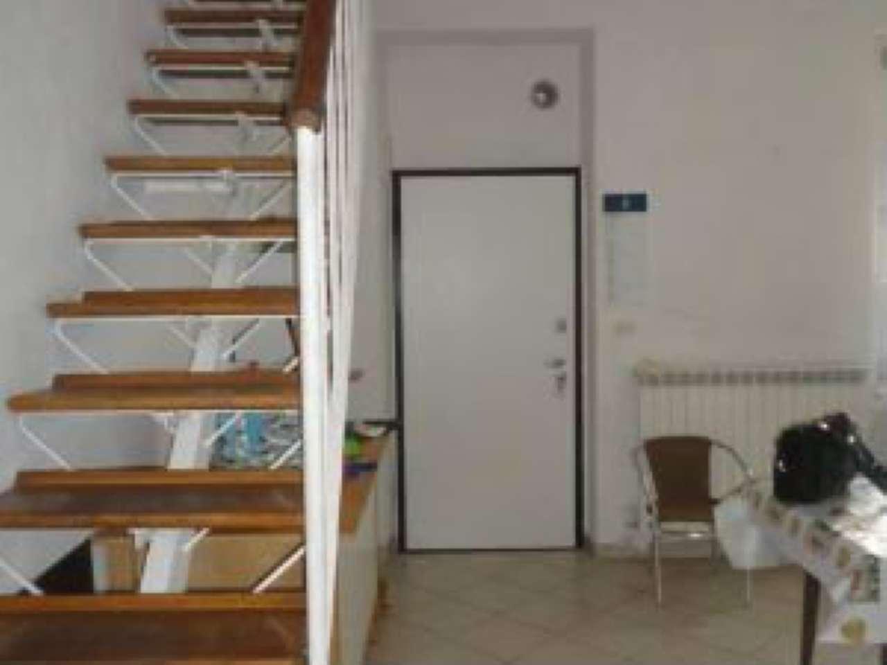 Appartamento in buone condizioni arredato in affitto Rif. 7541087