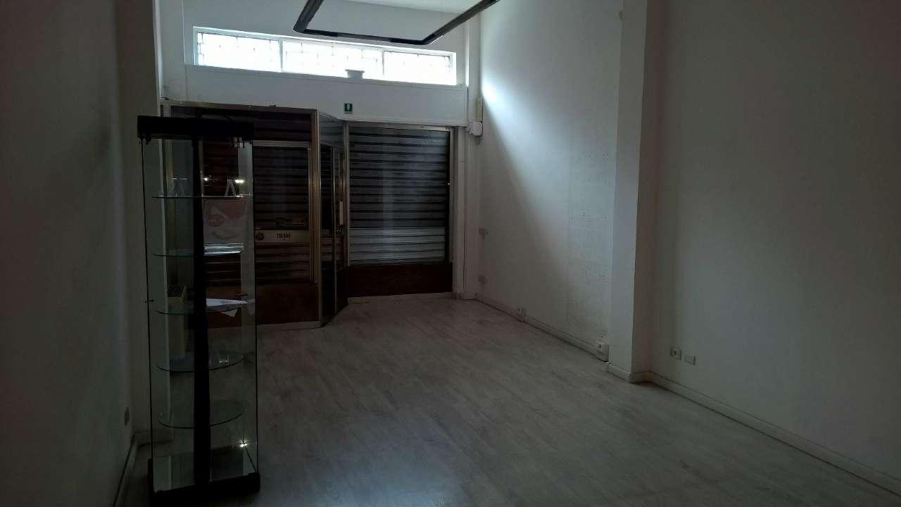 Negozio / Locale in affitto a Bareggio, 1 locali, prezzo € 750 | PortaleAgenzieImmobiliari.it