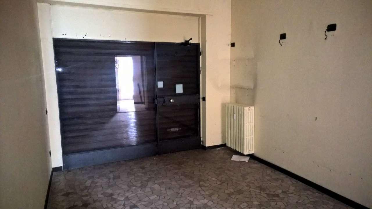 Negozio / Locale in affitto a Sedriano, 1 locali, prezzo € 400 | PortaleAgenzieImmobiliari.it