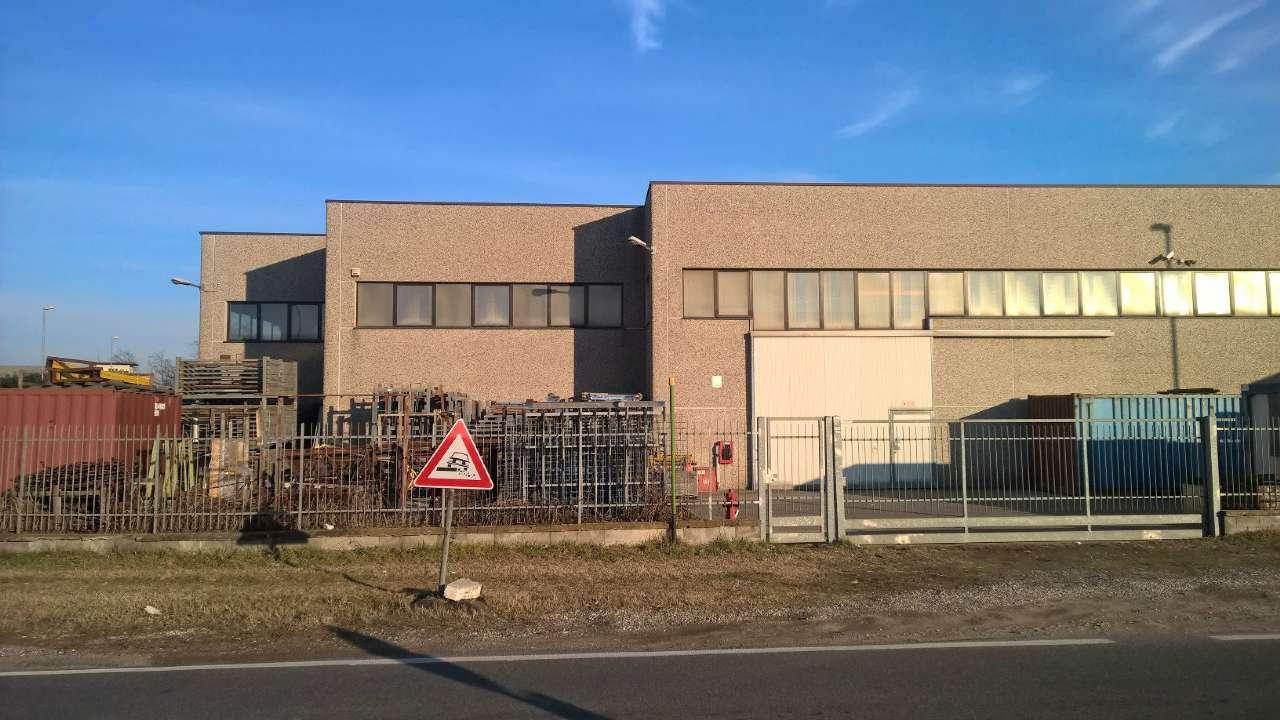 Capannone in affitto a Arluno, 2 locali, prezzo € 3.000 | PortaleAgenzieImmobiliari.it