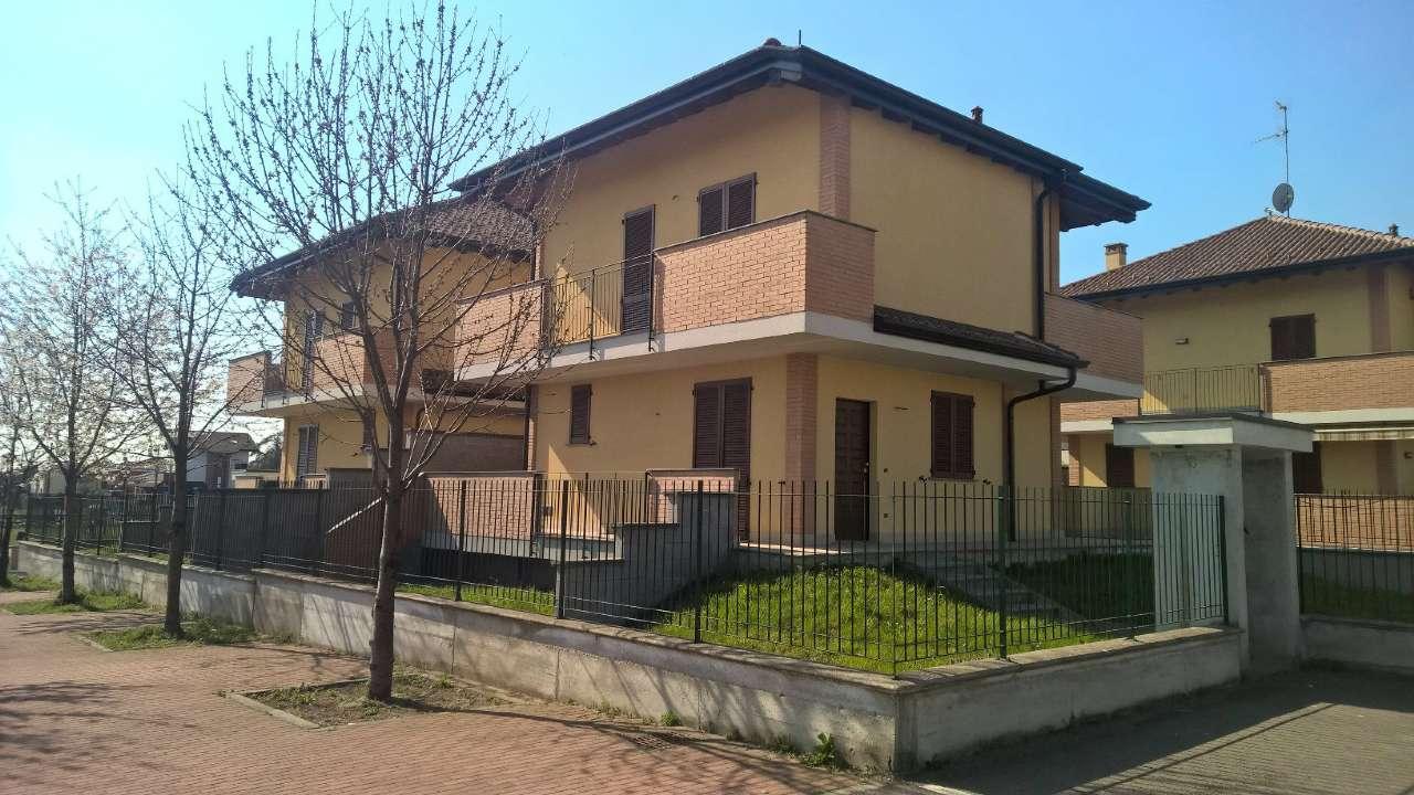 Villa in vendita a Boffalora Sopra Ticino, 4 locali, prezzo € 295.000 | PortaleAgenzieImmobiliari.it