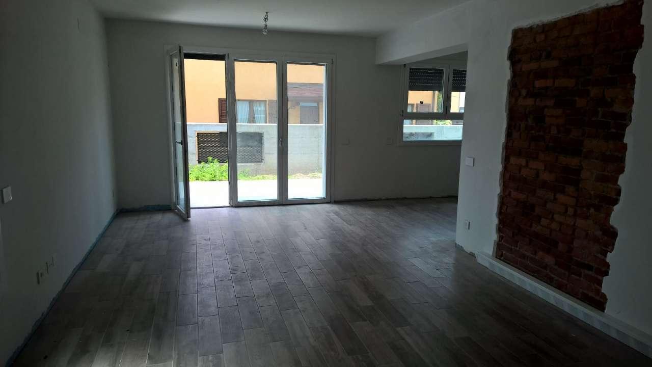 Appartamento in affitto a Legnano, 4 locali, prezzo € 1.400 | PortaleAgenzieImmobiliari.it