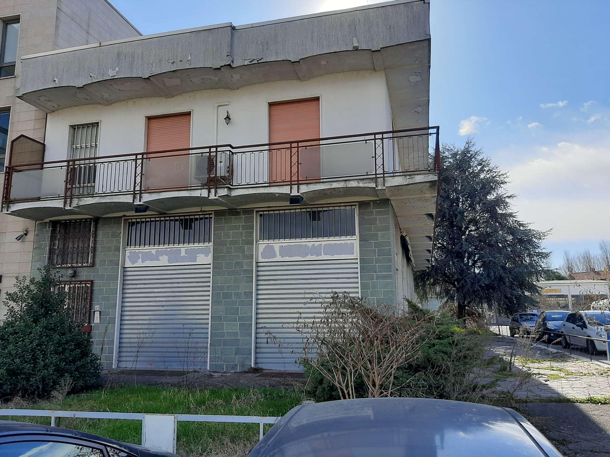 Immobile Commerciale in vendita a Bareggio, 5 locali, prezzo € 390.000   PortaleAgenzieImmobiliari.it