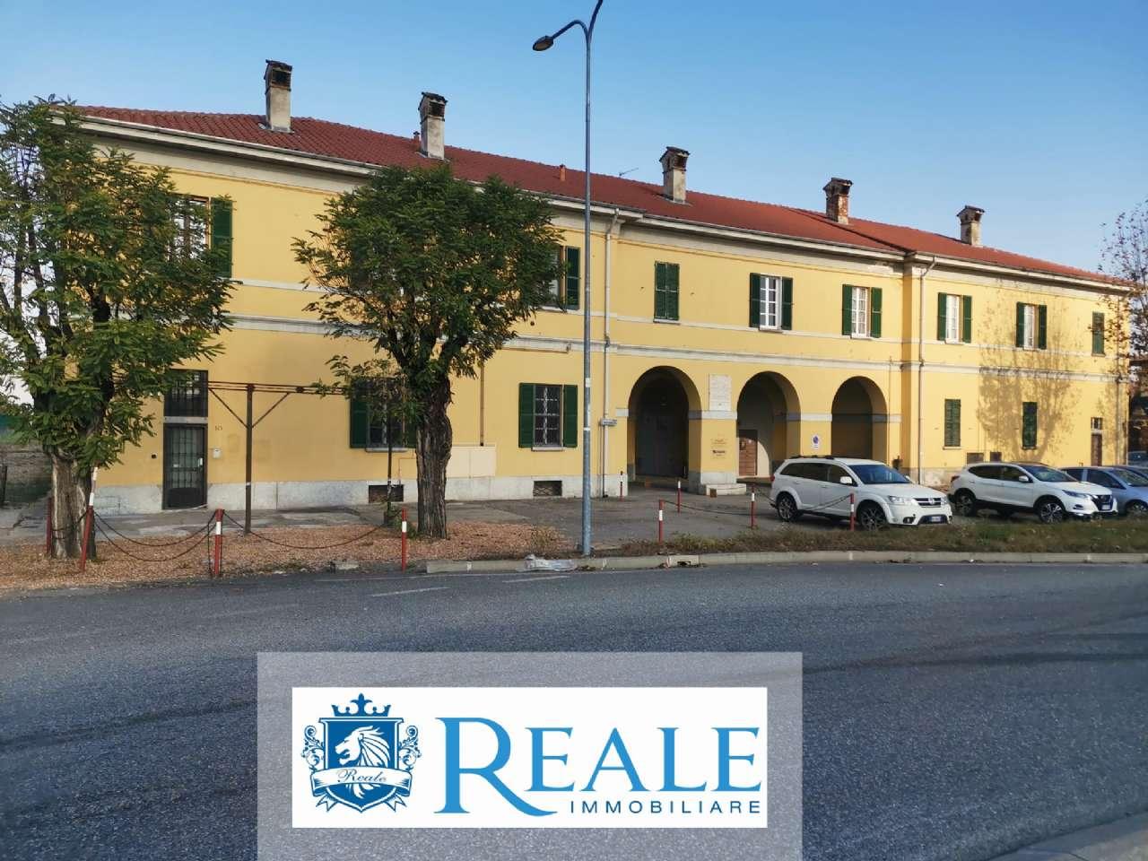 Negozio / Locale in affitto a Trecate, 4 locali, prezzo € 1.500   PortaleAgenzieImmobiliari.it