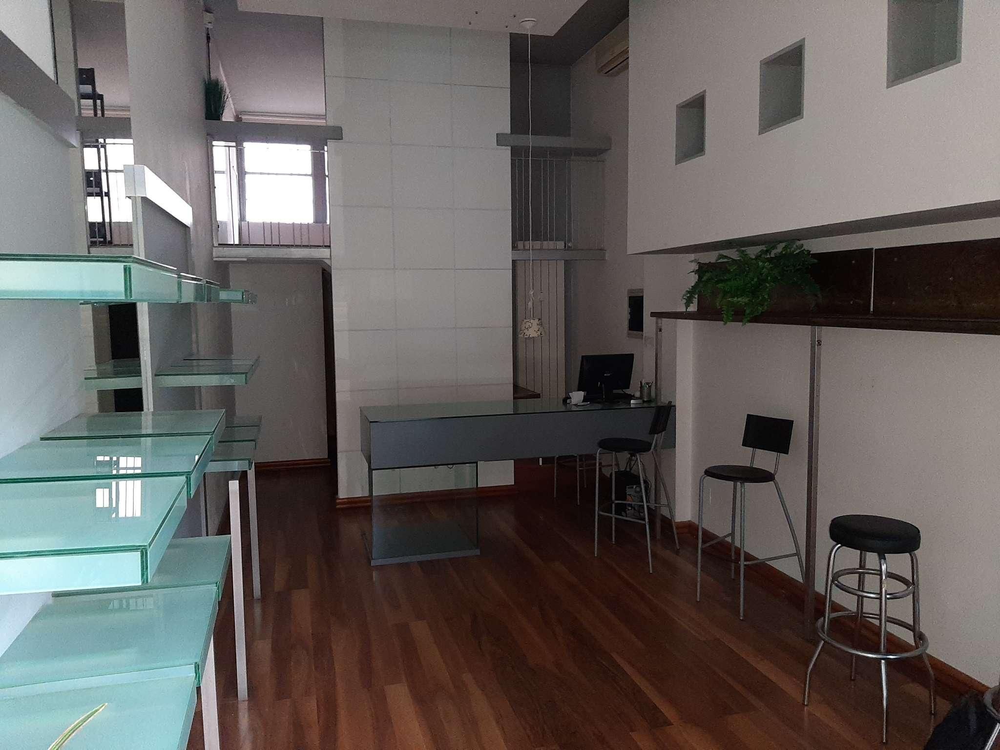 Negozio / Locale in affitto a Magenta, 2 locali, prezzo € 750   PortaleAgenzieImmobiliari.it