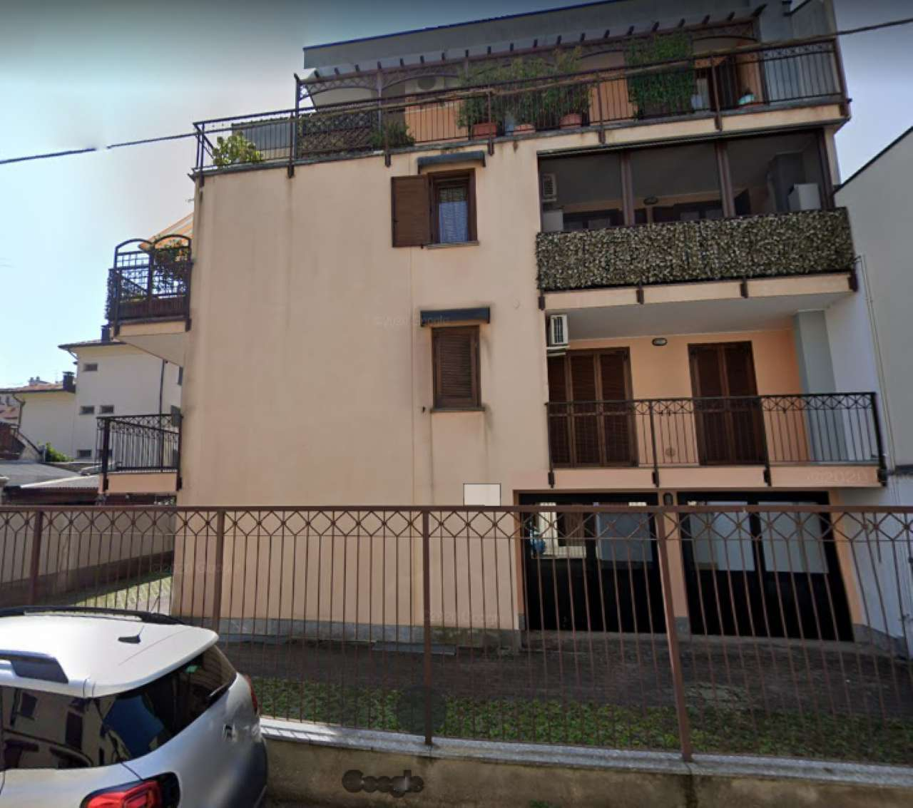 Ufficio / Studio in vendita a Abbiategrasso, 6 locali, prezzo € 335.000 | PortaleAgenzieImmobiliari.it