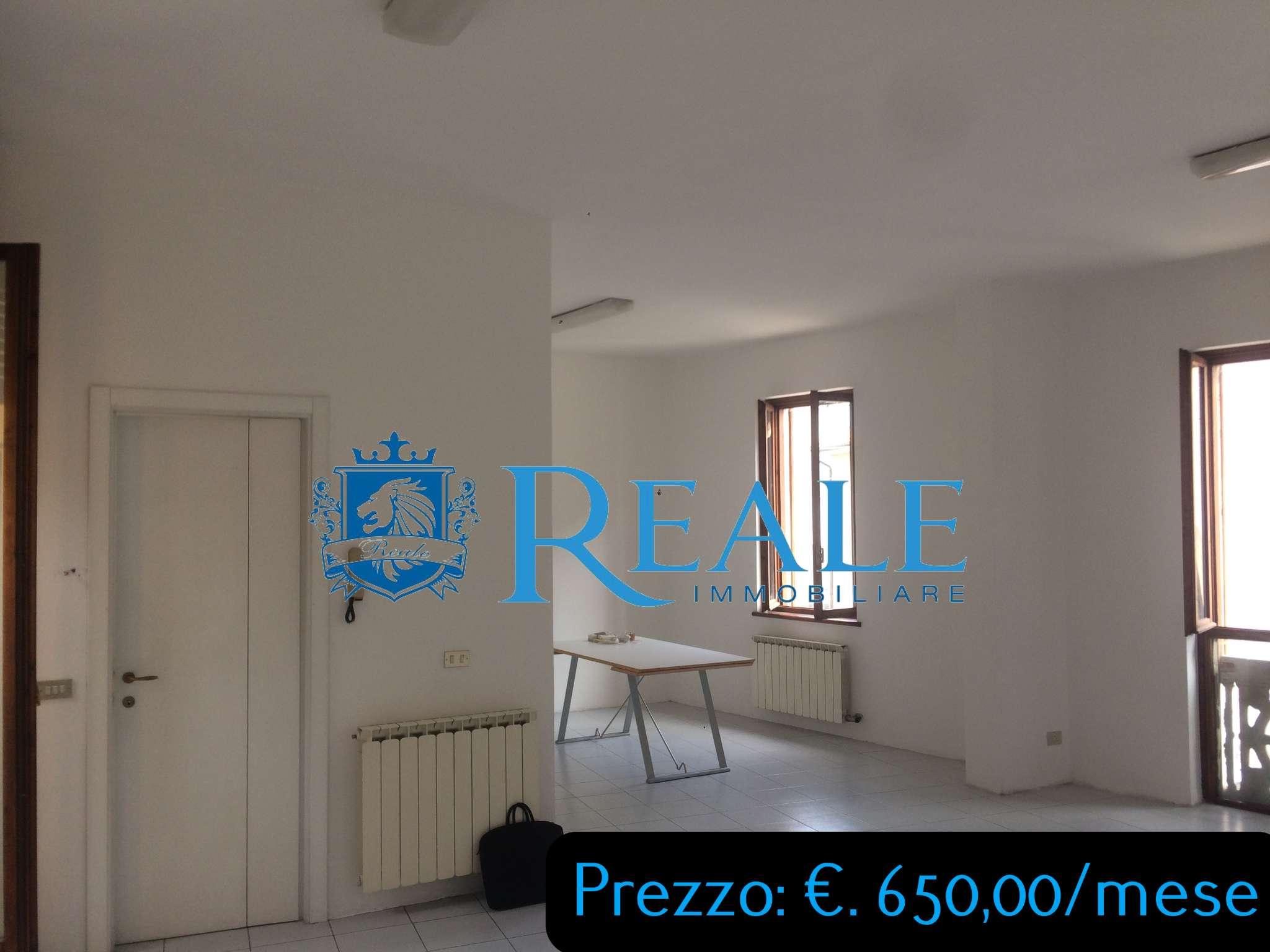 Ufficio / Studio in affitto a Inveruno, 2 locali, prezzo € 650   PortaleAgenzieImmobiliari.it