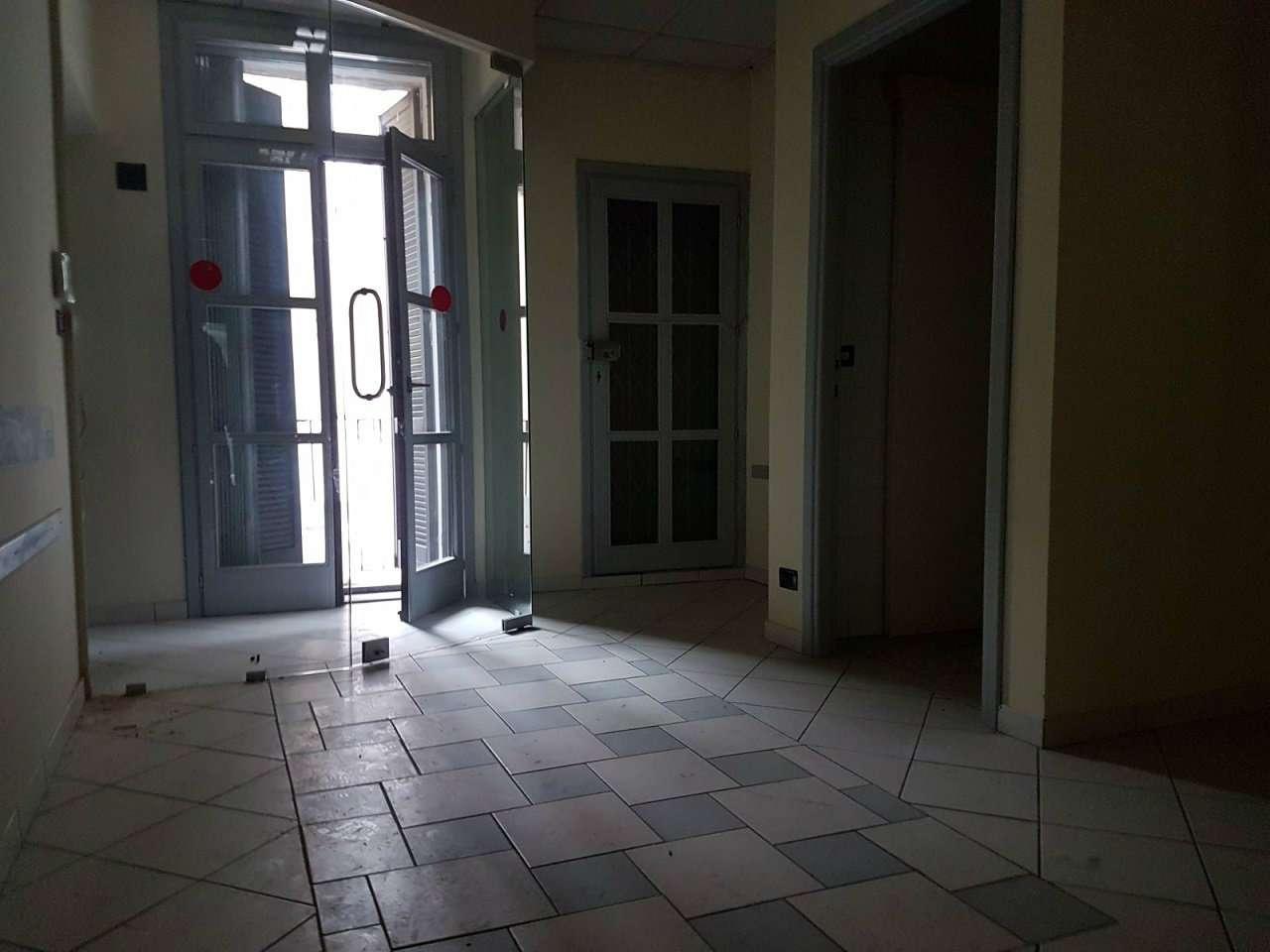 Ufficio / Studio in affitto a Savigliano, 4 locali, prezzo € 750 | CambioCasa.it