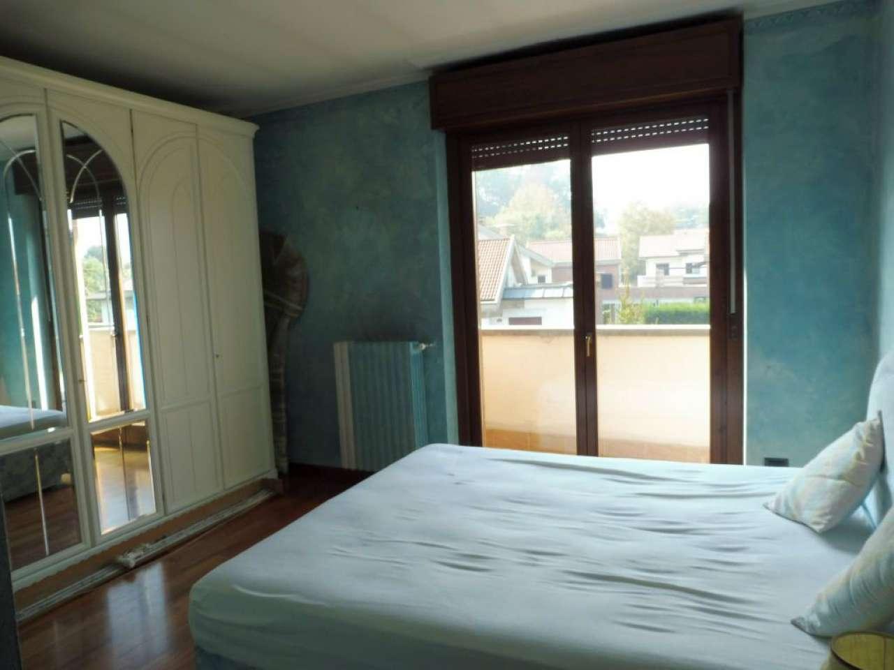 Appartamento ristrutturato arredato in affitto Rif. 4953594