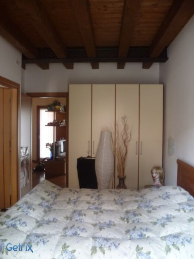 Appartamento in buone condizioni arredato in vendita Rif. 4953619