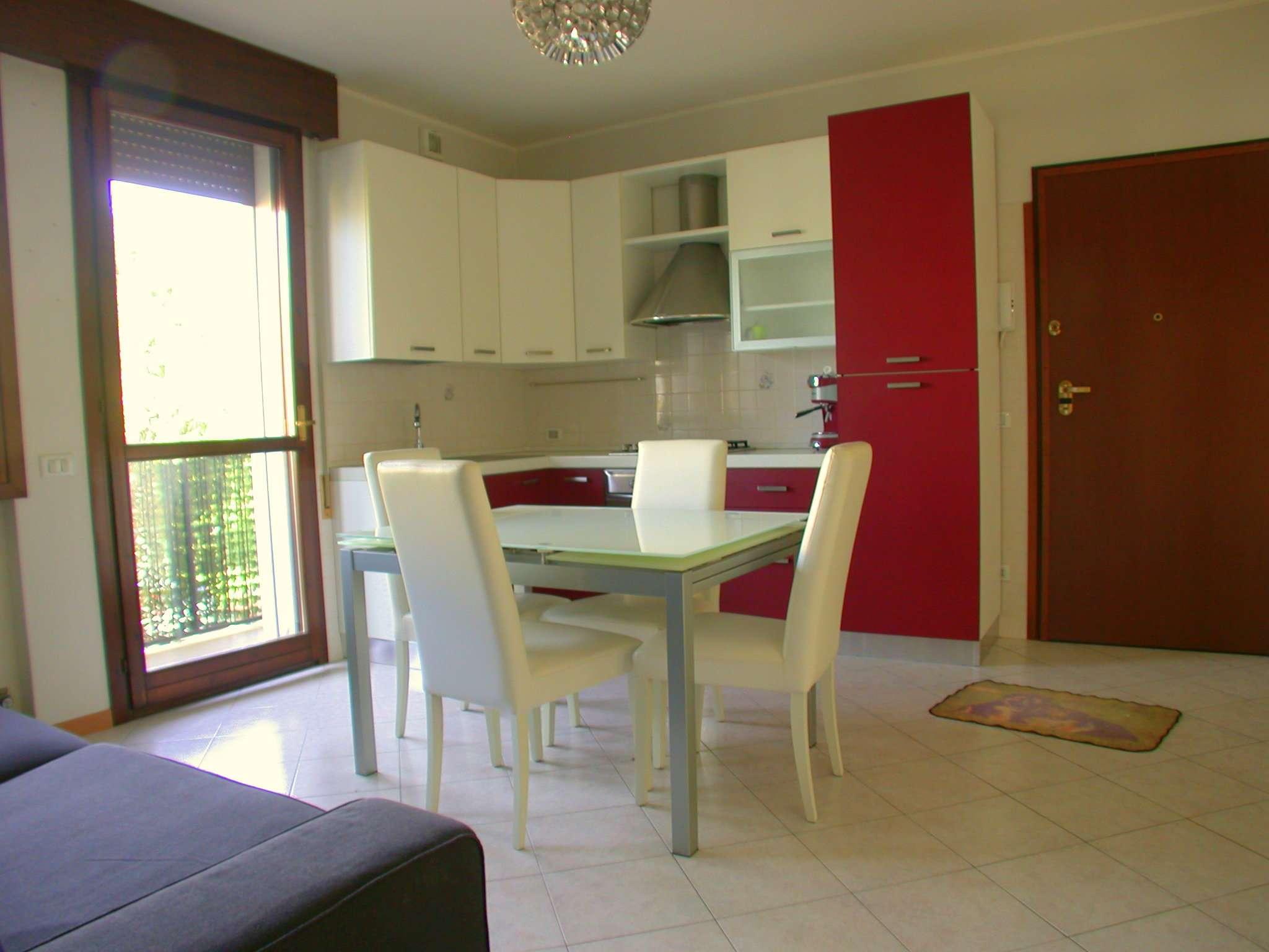 Appartamento in ottime condizioni arredato in vendita Rif. 4953719