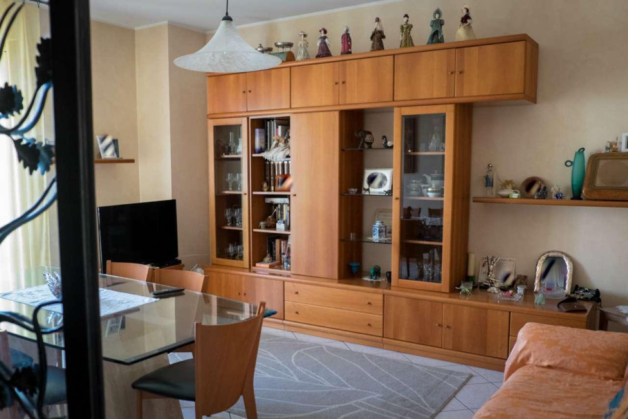 Appartamento in vendita a Monteciccardo, 12 locali, prezzo € 197.000 | CambioCasa.it
