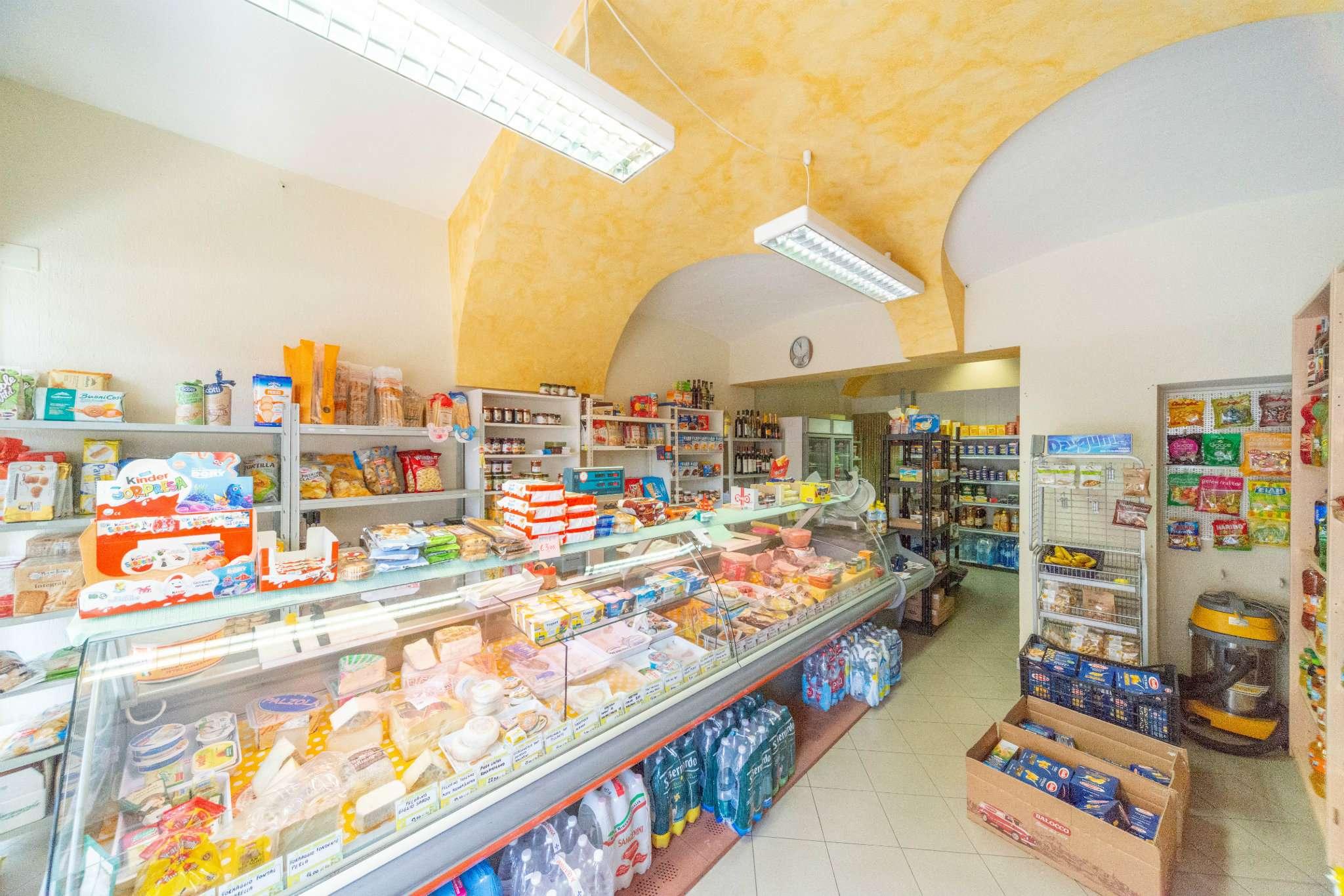 Negozio / Locale in affitto a Caraglio, 2 locali, prezzo € 500 | PortaleAgenzieImmobiliari.it