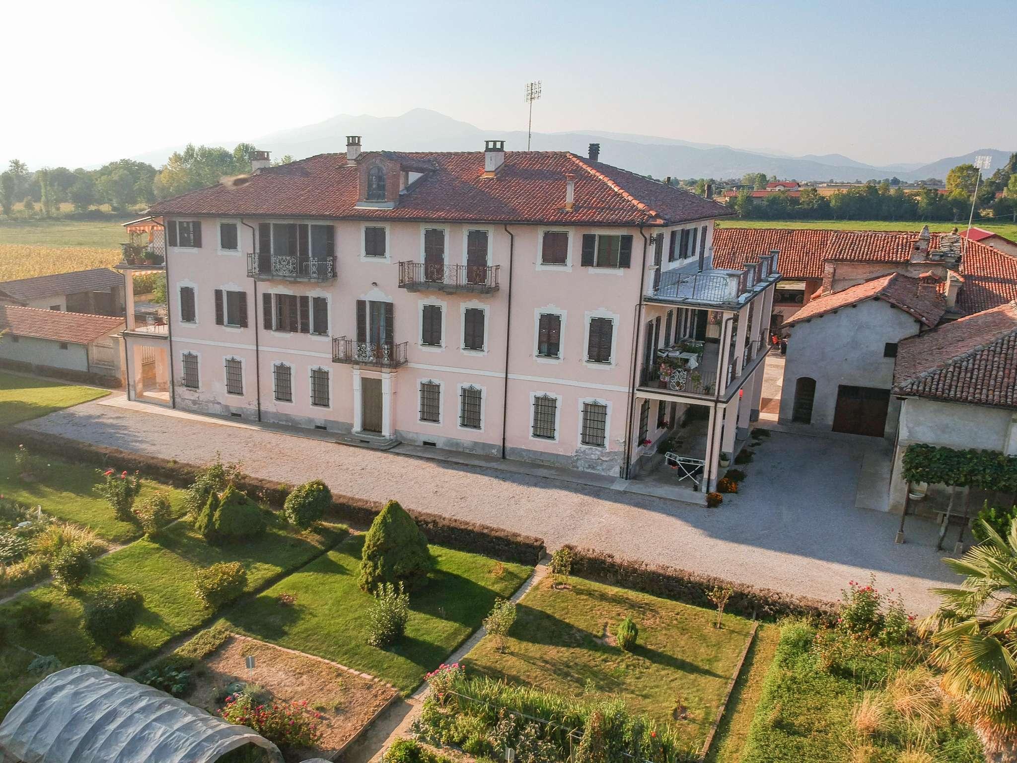 Appartamento in vendita a Cuneo, 6 locali, prezzo € 134.000 | PortaleAgenzieImmobiliari.it
