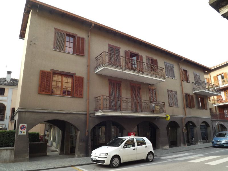 Appartamento in buone condizioni arredato in affitto Rif. 7361883