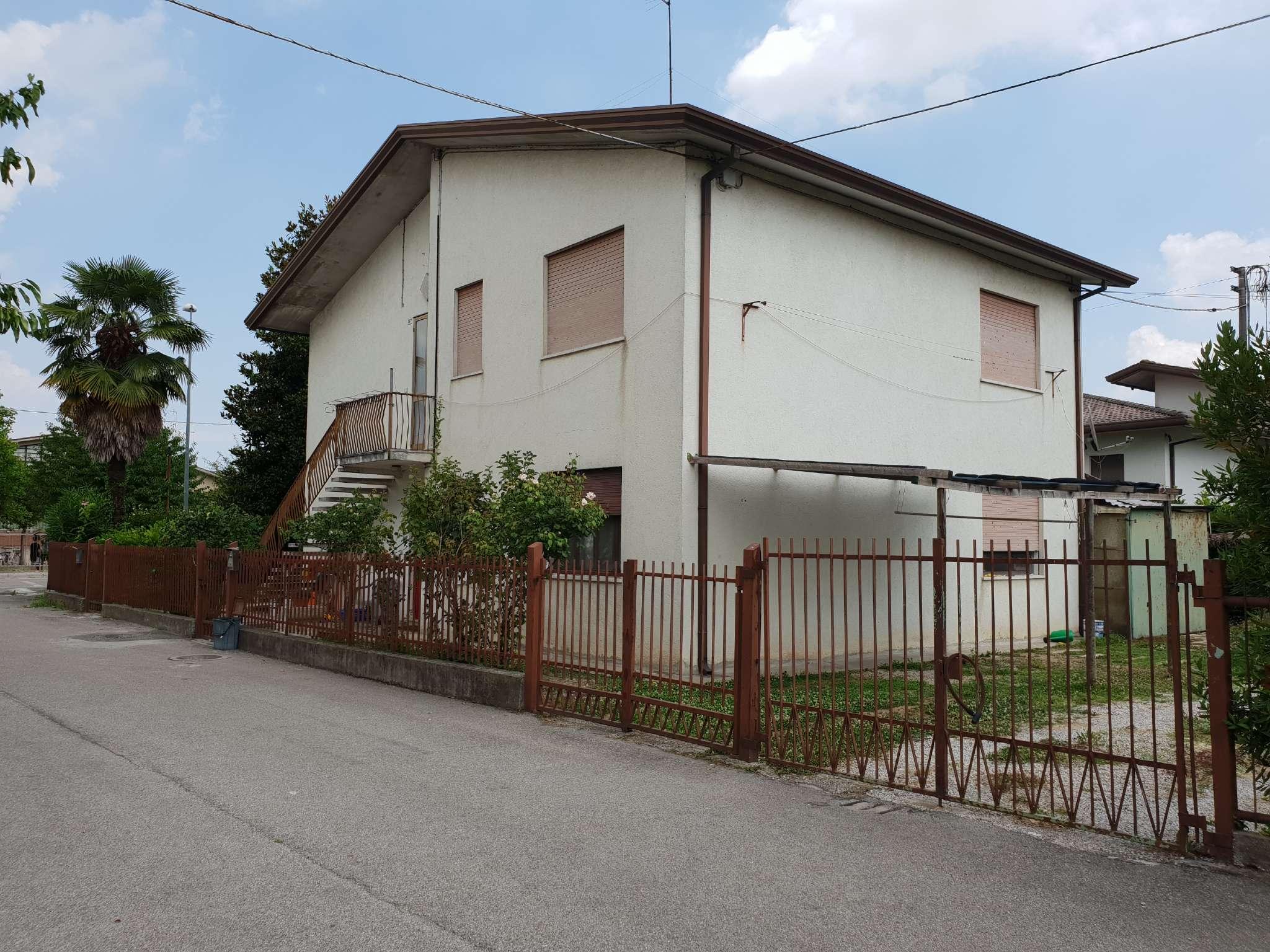 Appartamento in vendita Rif. 7461287