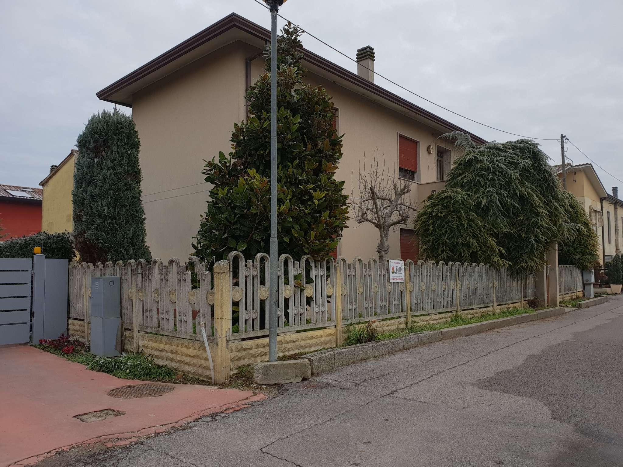 Appartamento in vendita Rif. 9213756
