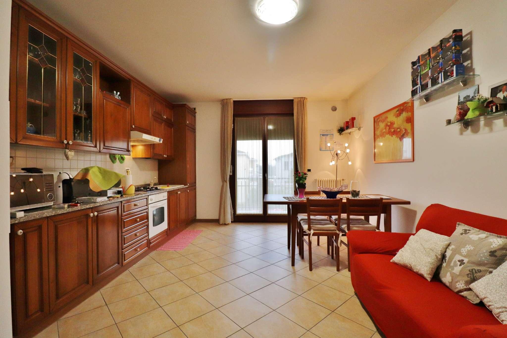 Appartamento in vendita Rif. 9393608