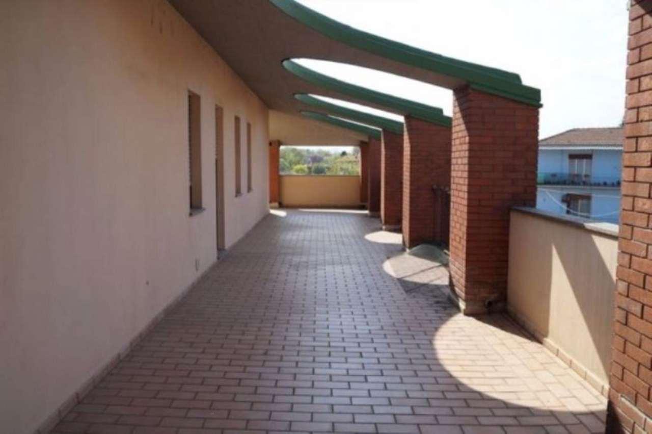 Appartamento in buone condizioni in affitto Rif. 4956779