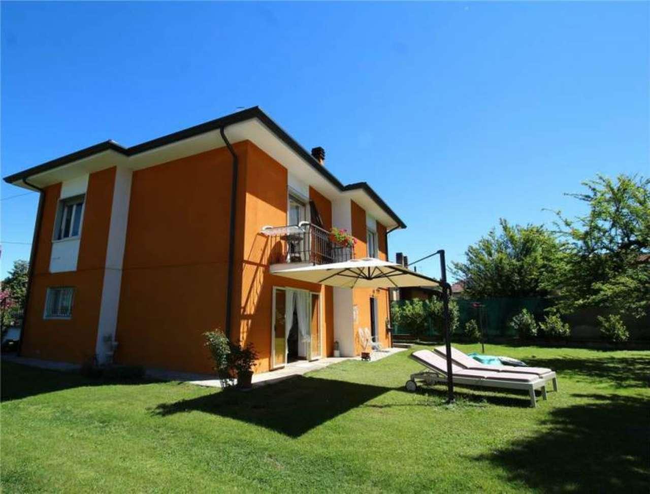Cerco villa con giardino e taverna a castelletto sopra - Cerco piscina fuori terra ...