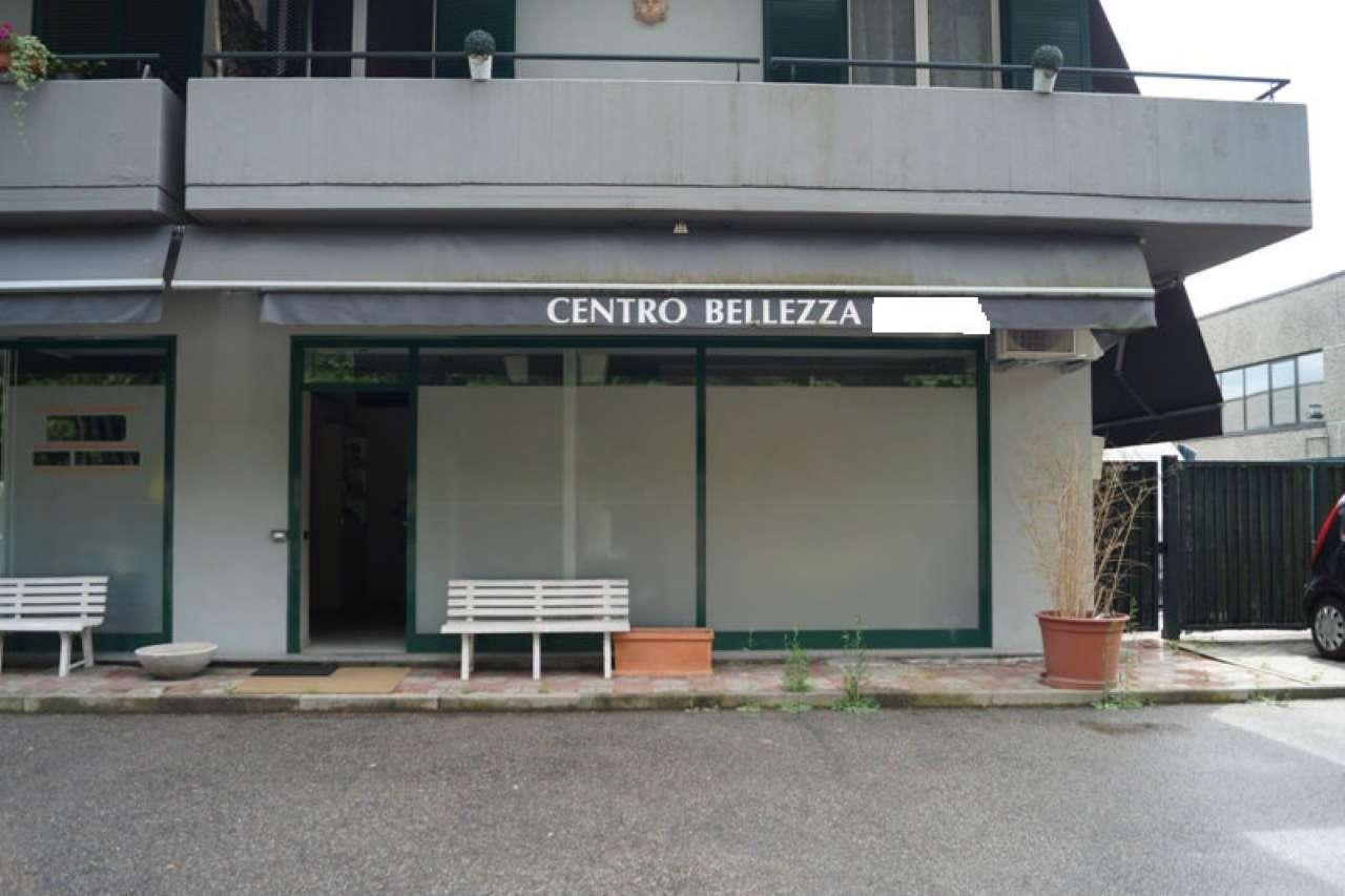 Negozio / Locale in vendita a Ternate, 2 locali, prezzo € 80.000 | CambioCasa.it