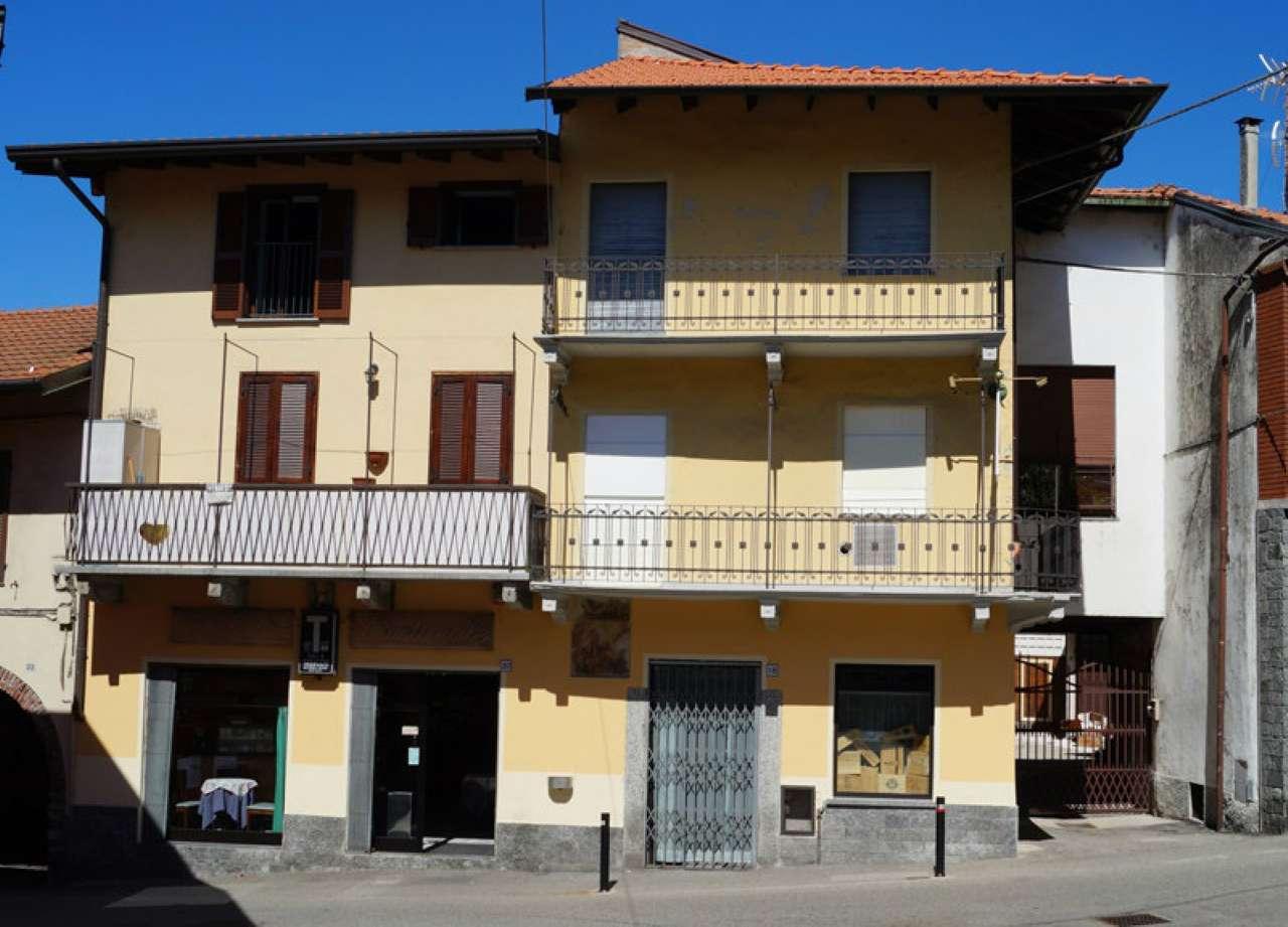 Appartamento ristrutturato parzialmente arredato in vendita Rif. 7269184