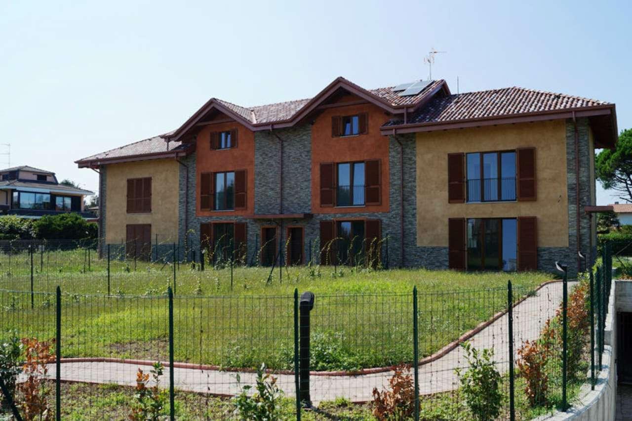 Villa a Schiera in affitto a Vergiate, 4 locali, prezzo € 1.300   CambioCasa.it
