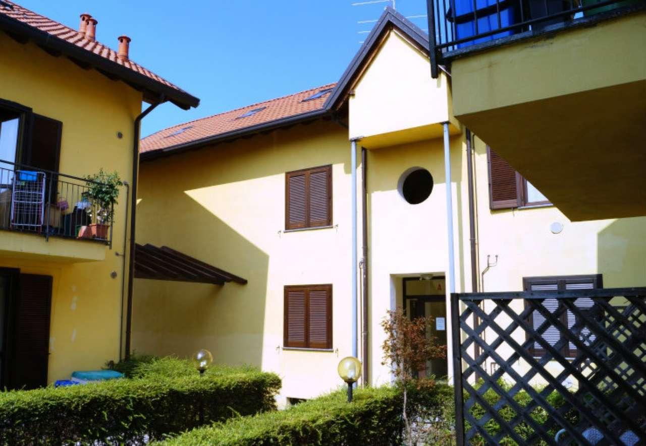 Appartamento in vendita a Osmate, 2 locali, prezzo € 59.000 | CambioCasa.it
