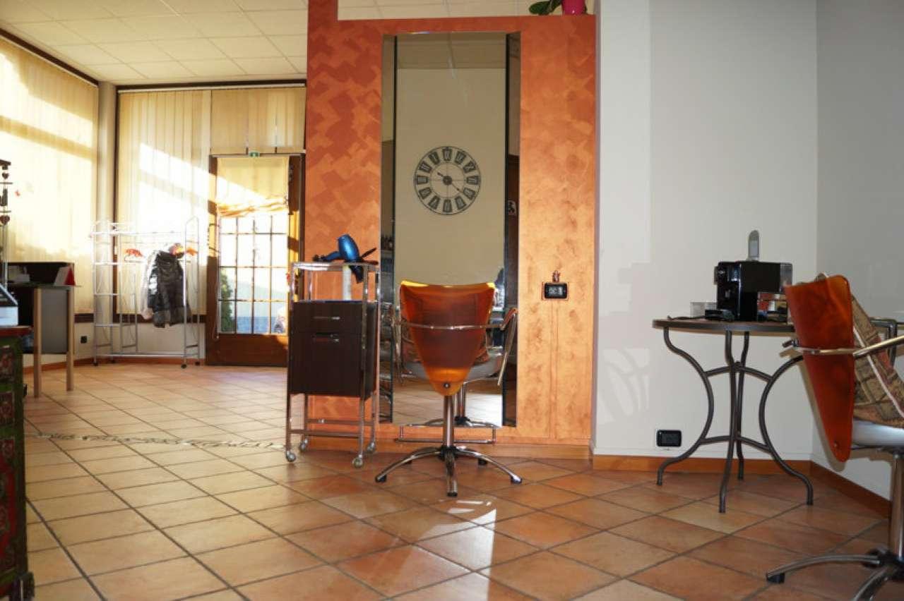 Negozio / Locale in vendita a Vergiate, 2 locali, prezzo € 125.000 | CambioCasa.it