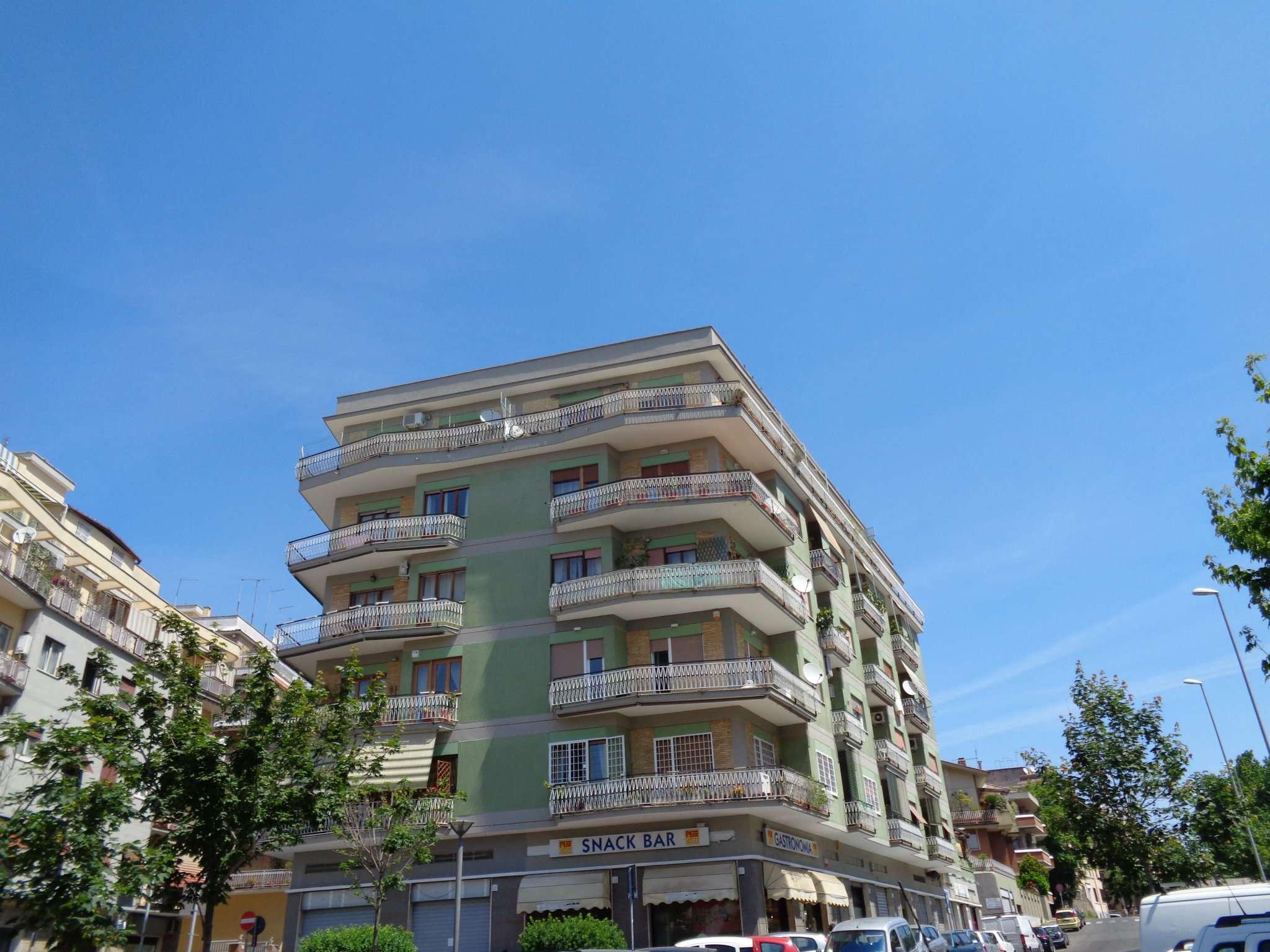 Appartamento in vendita a Roma, 5 locali, zona Zona: 15 . Appio Latino, Appia Antica, Furio Camillo, Alberone, prezzo € 770.000   CambioCasa.it