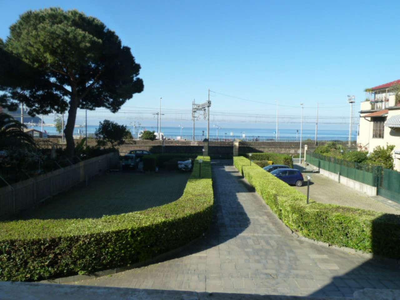 Appartamento in affitto a Sestri Levante, 2 locali, prezzo € 650 | CambioCasa.it