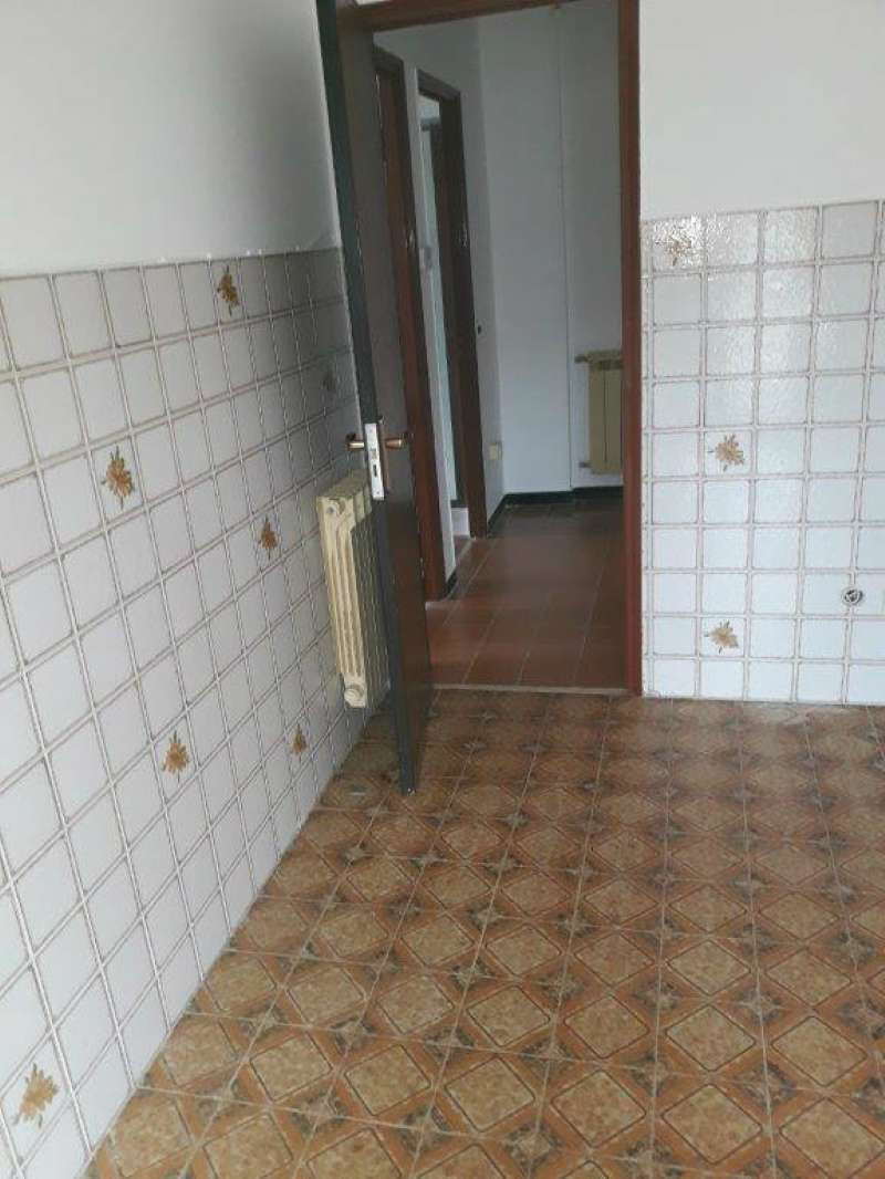 Appartamento in affitto a Carasco, 3 locali, prezzo € 450 | CambioCasa.it