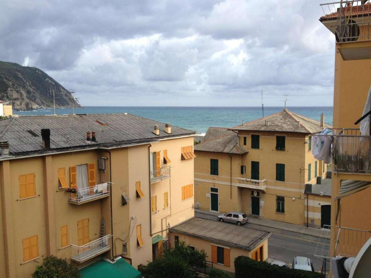 Appartamento in vendita a Sestri Levante, 6 locali, prezzo € 299.000 | CambioCasa.it