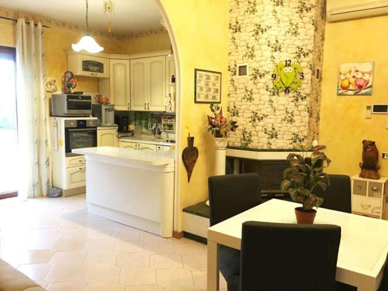 Appartamento in vendita a Fiumicino, 3 locali, prezzo € 165.000   CambioCasa.it