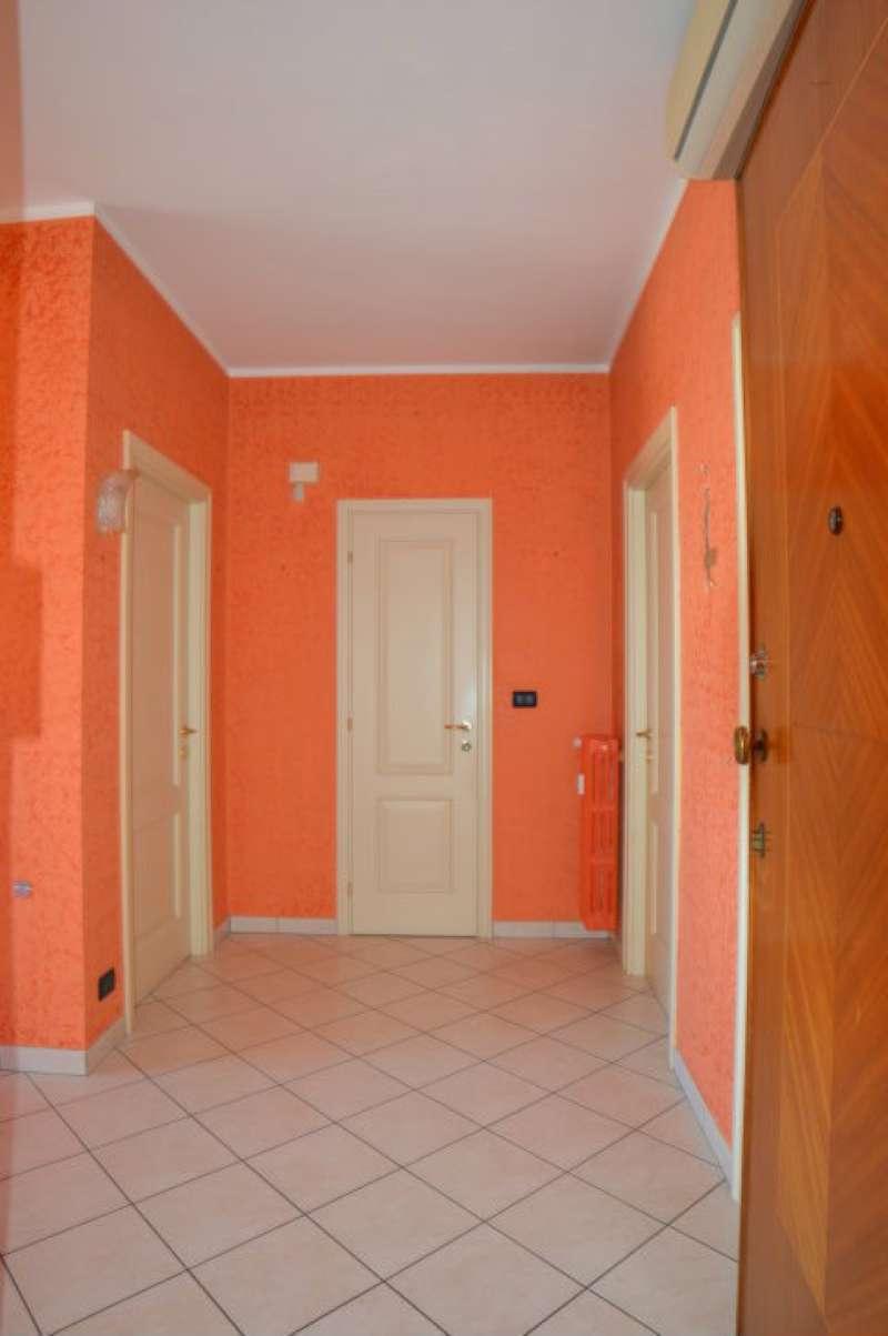 Appartamento ristrutturato in affitto Rif. 8111488