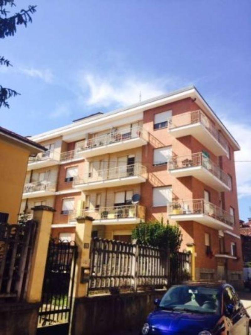 Appartamento in buone condizioni in affitto Rif. 4279304