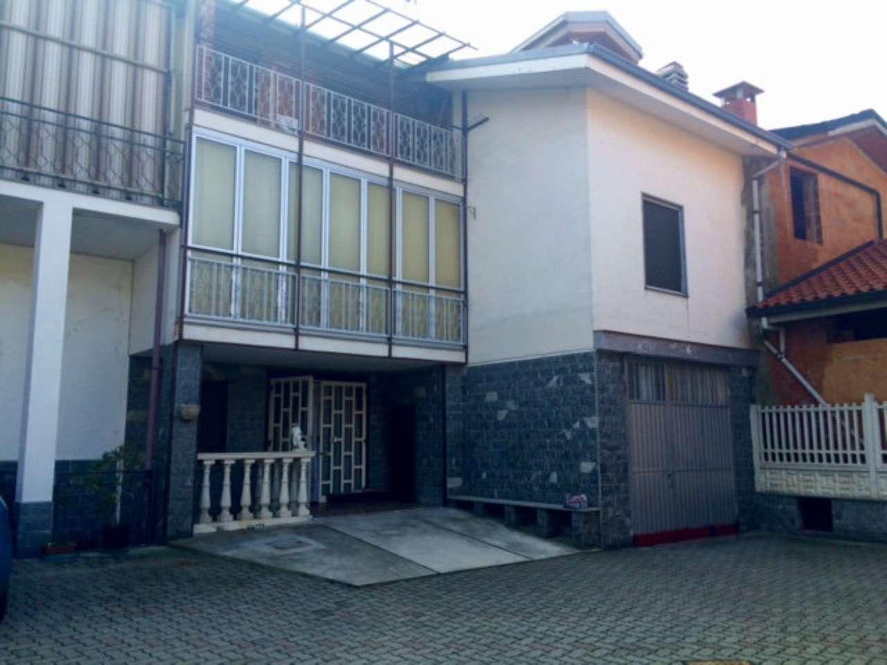 Casa Indipendente in buone condizioni parzialmente arredato in vendita Rif. 5924594