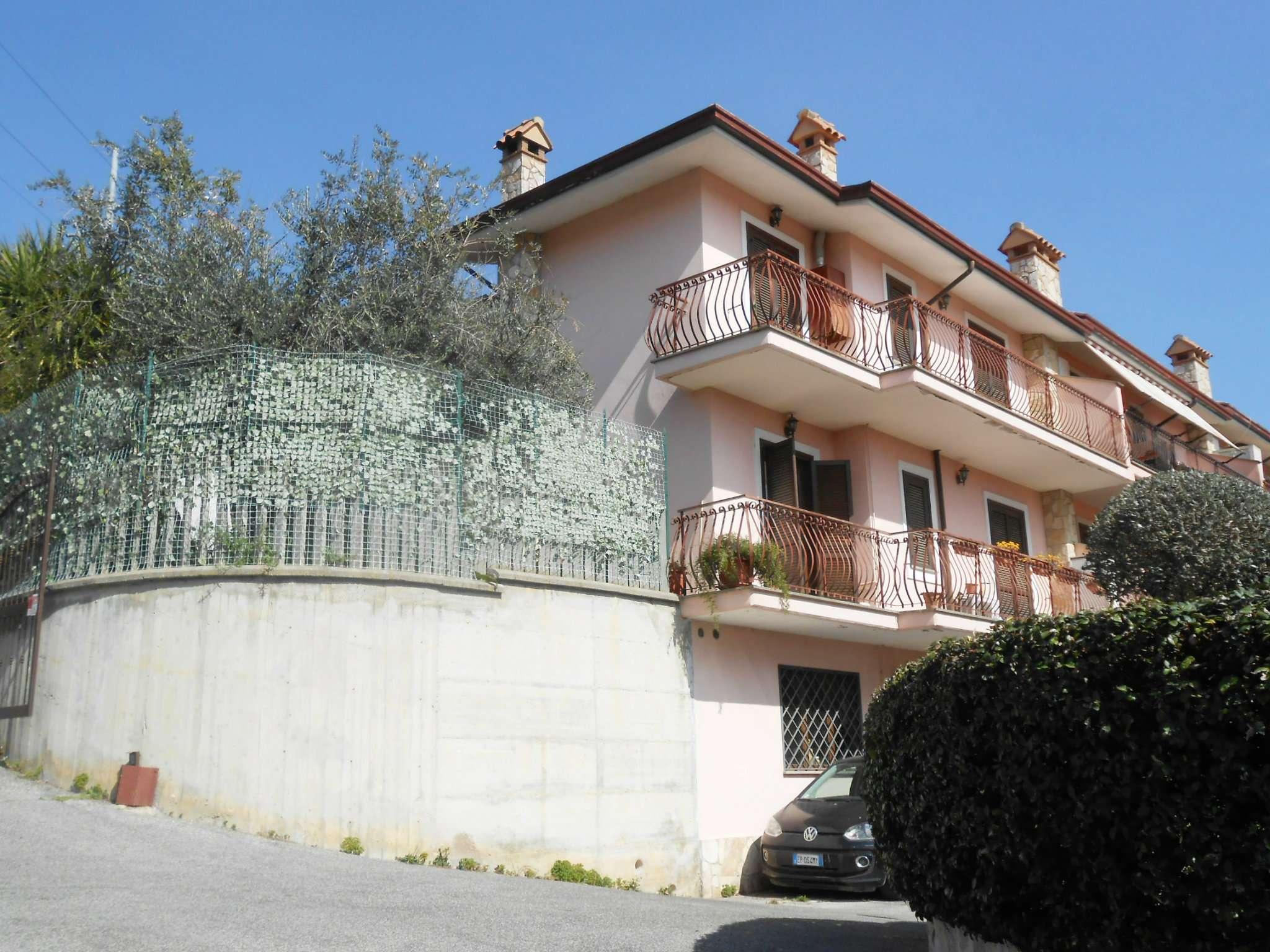 Villa a Schiera in Vendita a Mentana