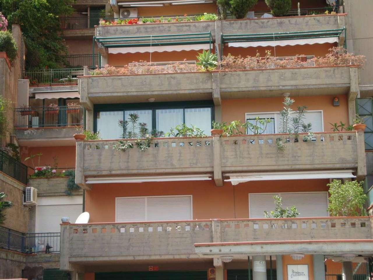 Appartamento in ottime condizioni in vendita Rif. 8085049