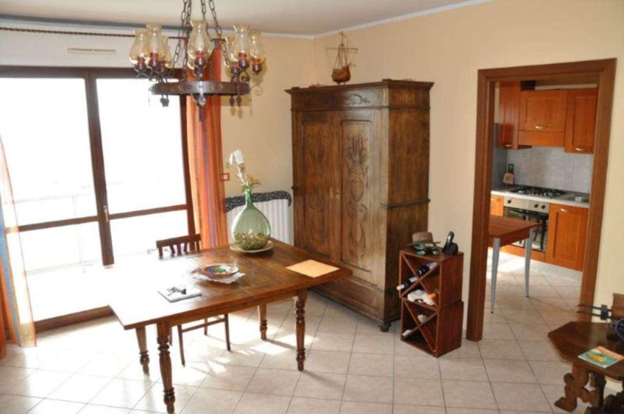 attico con doppi servizi e cucina abitabile a Torino - Cambiocasa.it