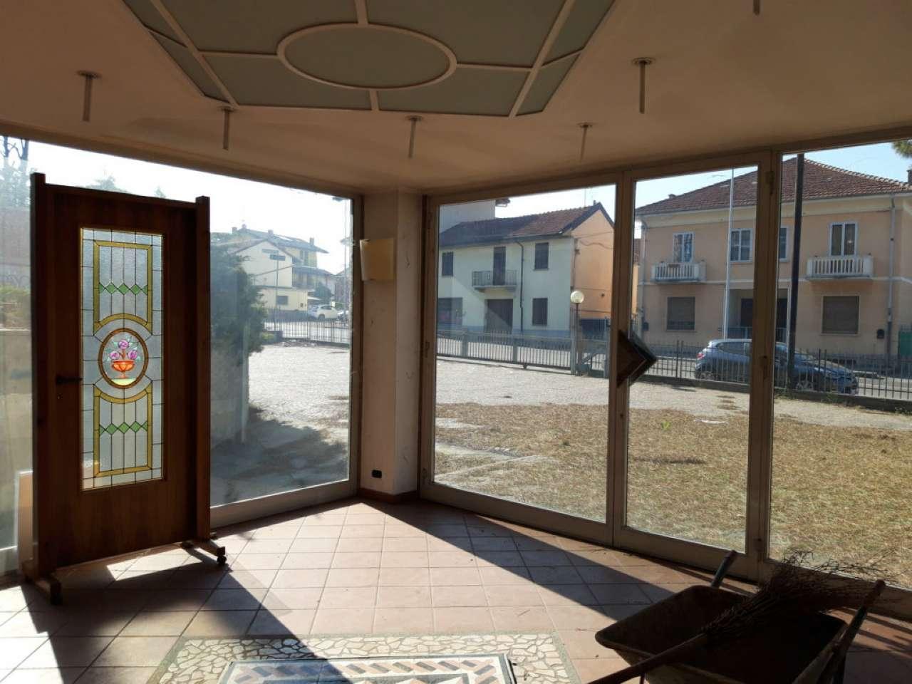 Negozio / Locale in vendita a Moncalieri, 10 locali, prezzo € 520.000 | CambioCasa.it