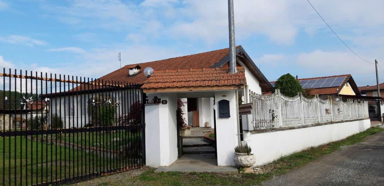 Soluzione Indipendente in affitto a Bosconero, 5 locali, prezzo € 600 | CambioCasa.it