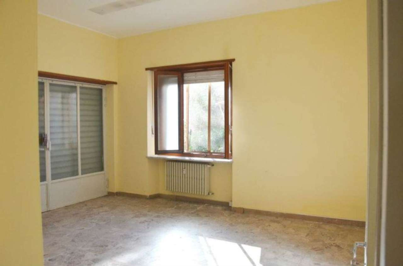 Ufficio / Studio in vendita a Villanova d'Asti, 3 locali, prezzo € 400 | CambioCasa.it