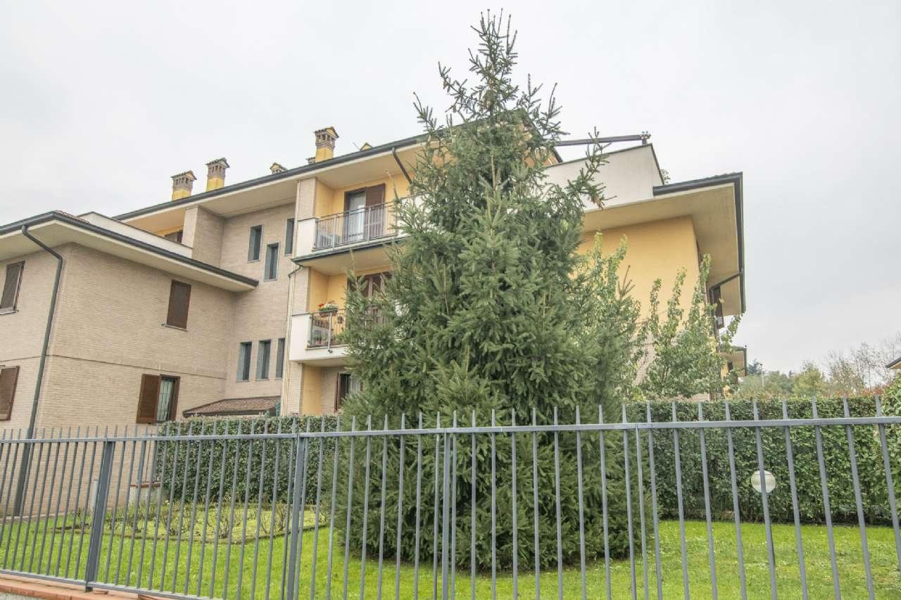 Appartamento in ottime condizioni in vendita Rif. 8734457