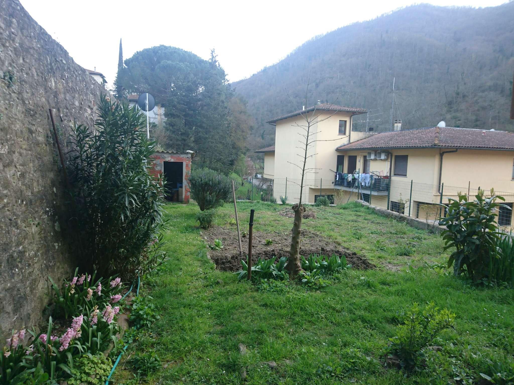 vendita londa (FI) 4 vani giardino