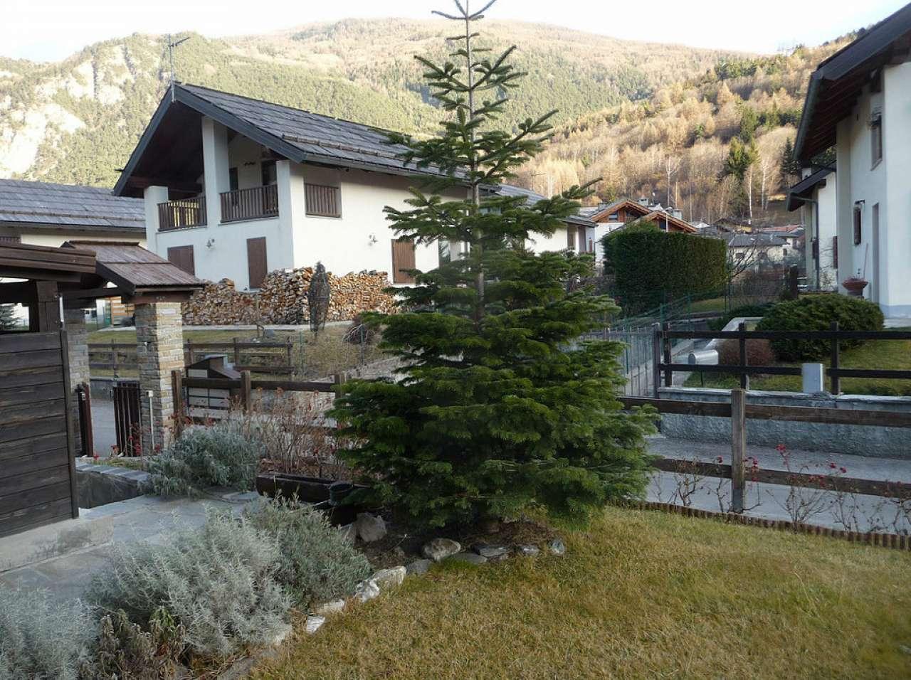 Appartamento in vendita a Oulx, 3 locali, prezzo € 205.000 | CambioCasa.it