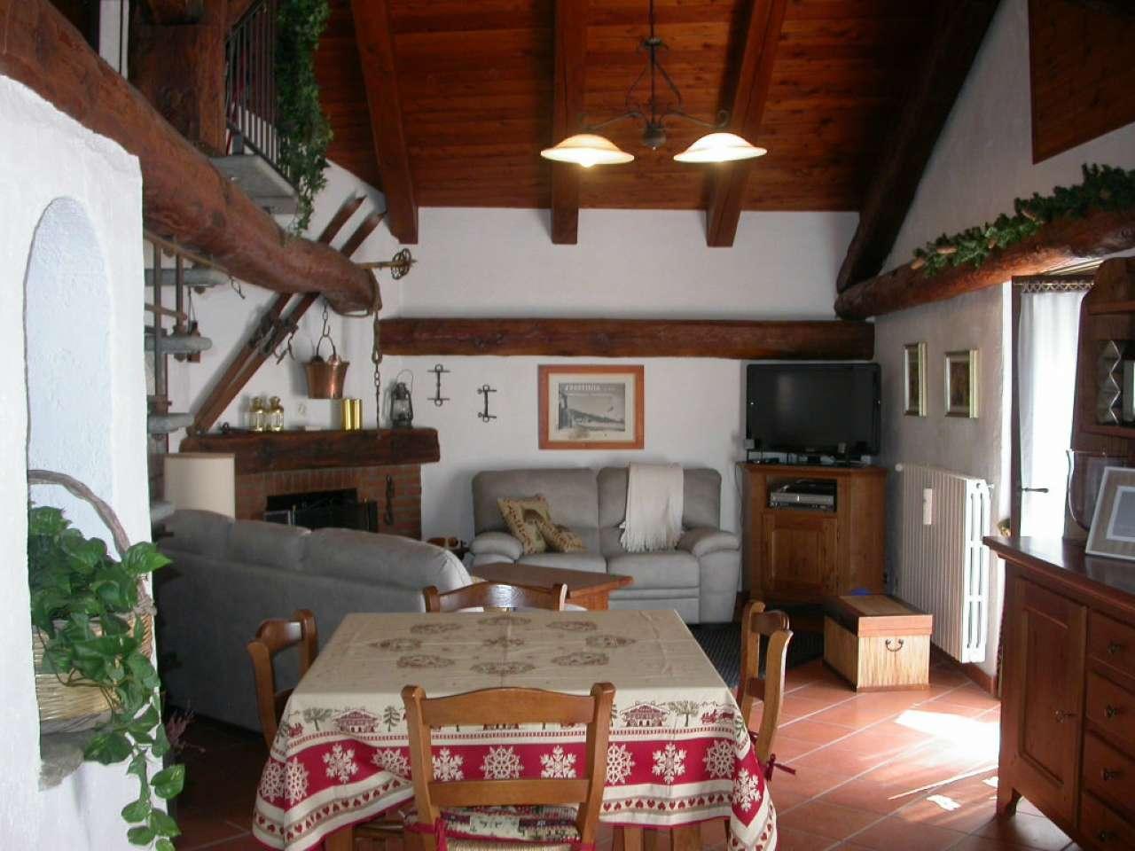 Appartamento in vendita a Sauze d'Oulx, 2 locali, prezzo € 300.000 | CambioCasa.it