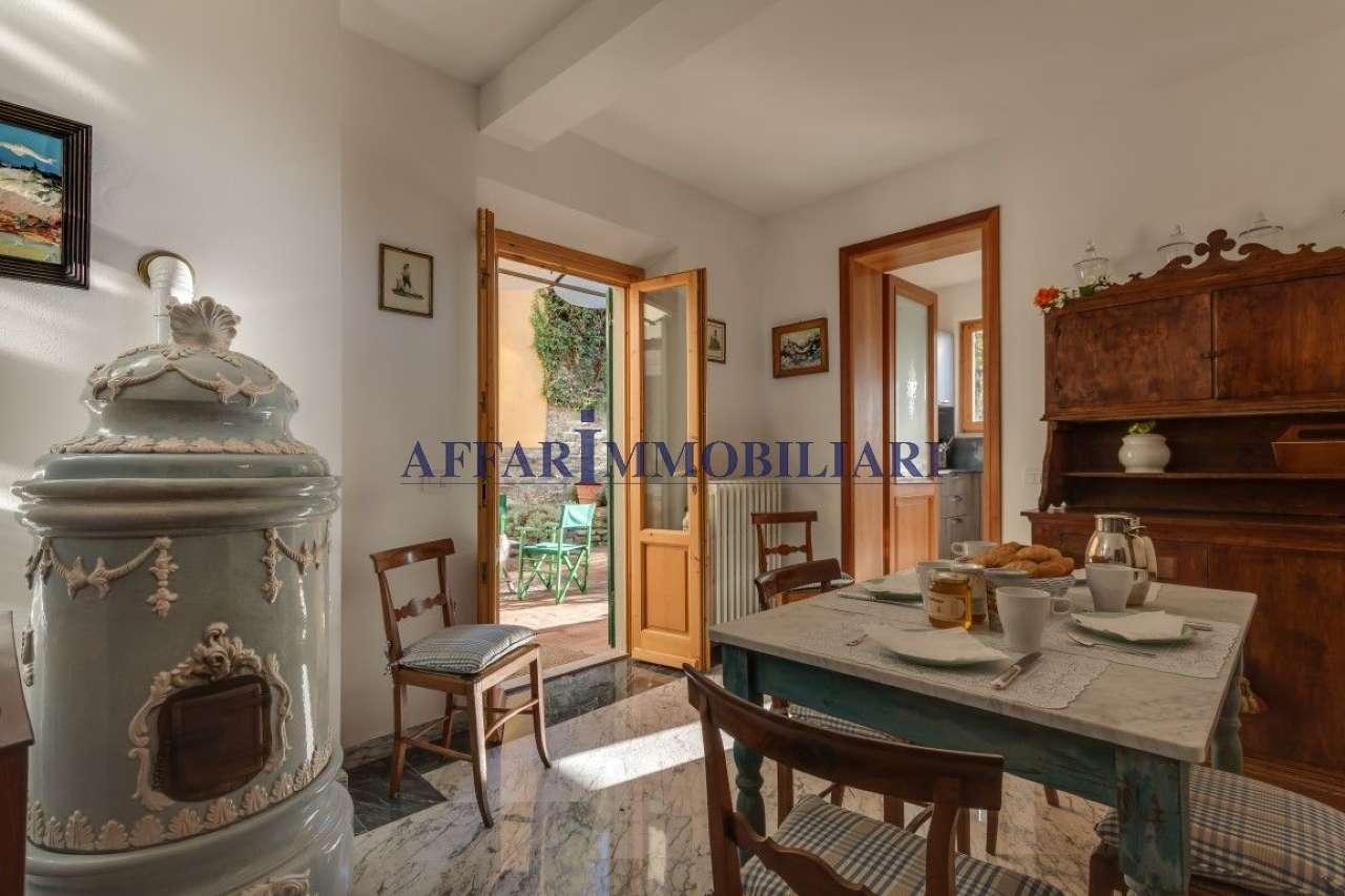 Villa in affitto a Fiesole, 10 locali, prezzo € 3.000   PortaleAgenzieImmobiliari.it