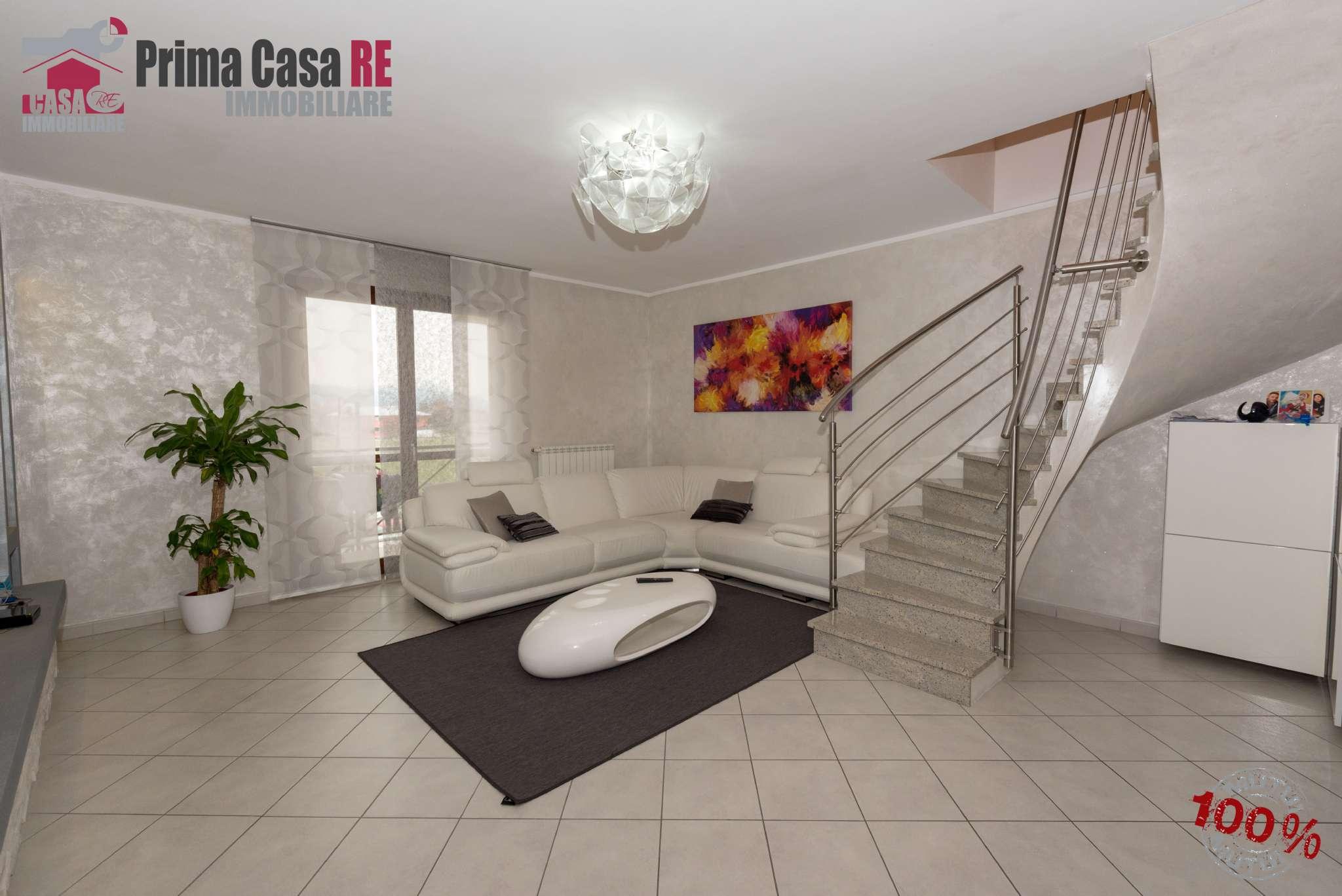 Appartamento in vendita a Chivasso, 5 locali, prezzo € 180.000   CambioCasa.it